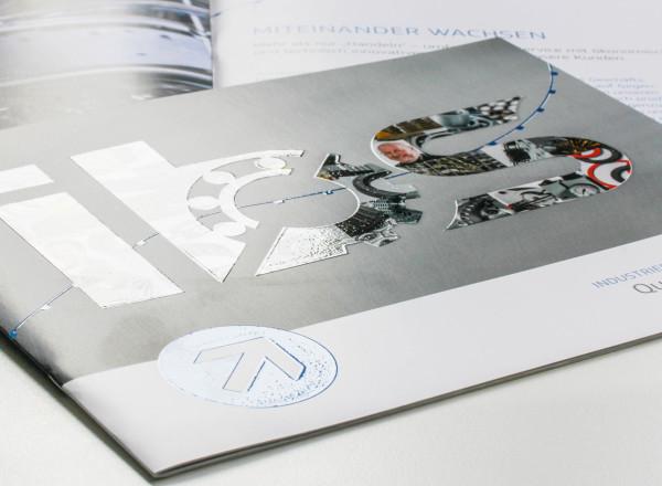Ansicht der Titelseite der ibs-Unternehmensbroschüre.