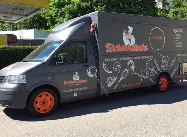 Fahrzeuggestaltung Foodtruck Küchenkutsche